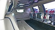 Baltas limuzinas juodas salonas