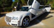 Akinamai Baltas Limuzinas | Chrysler 300C