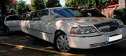 Baltas limuzinas