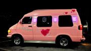 Nuomojamas rožinis autobusiukas