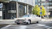 Baltas automobilis vestuvėms Vilniuje