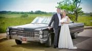 Senovinis stilingas automobilis vestuvėms