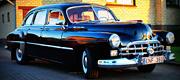 Gražus senovinis automobilis Jums