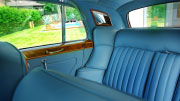 Rolls Royce odinis salonas