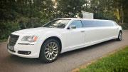 14 vietų limuzinas Chrysler