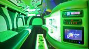 Chrysler limuzino viduje rasite
