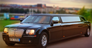 ELEGANTIŠKAS Chrysler 300C limuzinas | Vilniuje Juodas
