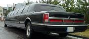 Juodas klasikinis limuzinas