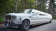 Ford Excursion  limuzinai vestuvėms