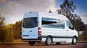 Gražus vestuvinis mikroautobusas